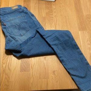 Levi's Skinny Light Wash Jeans